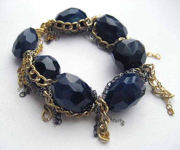 Dk Blue Agate Chain Bracelet Lo-Res_IMG_4775